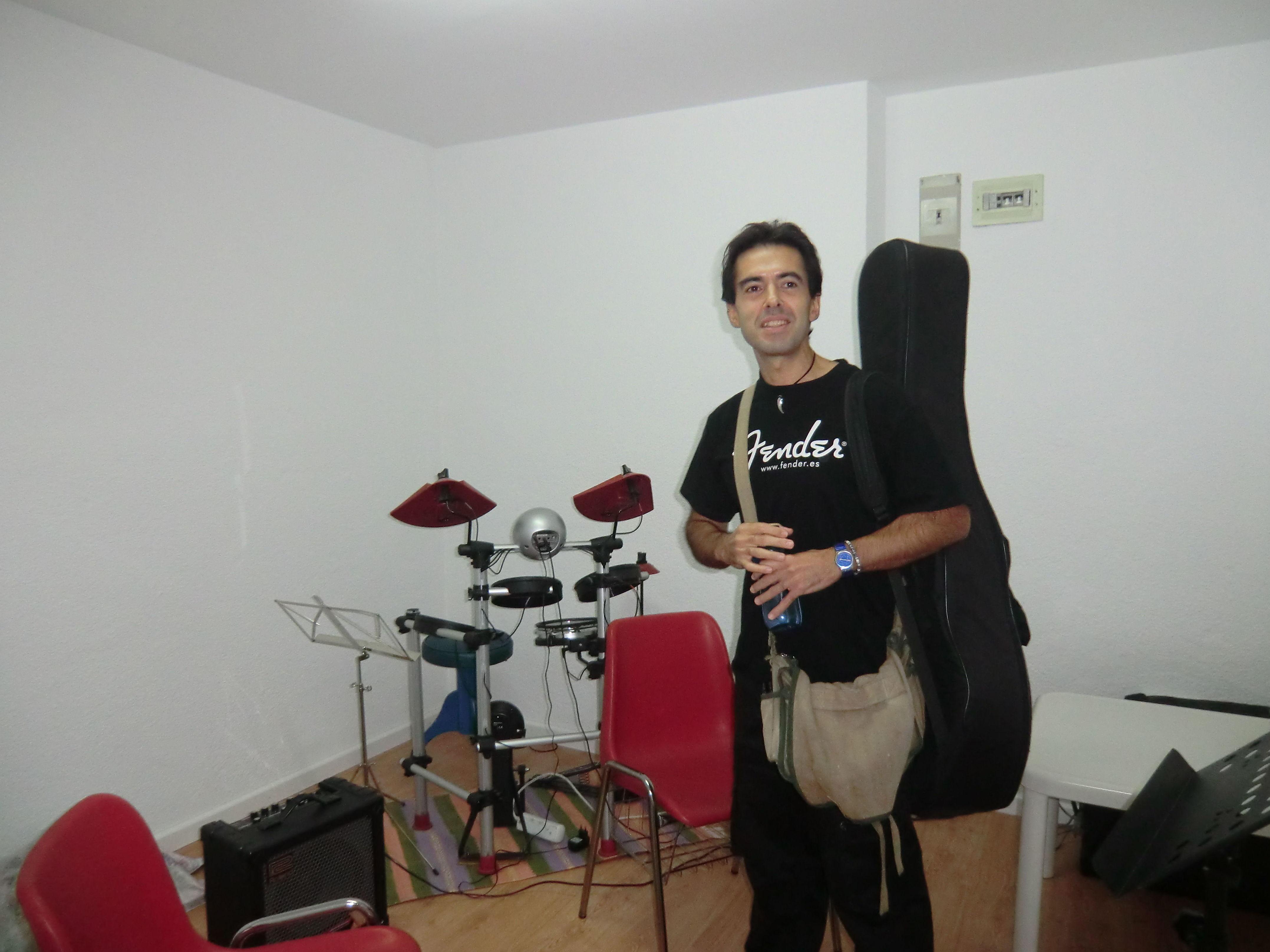 Clases de combo Escuela de Música Fama MADRID http://www.escuelamusicafama.es/es/