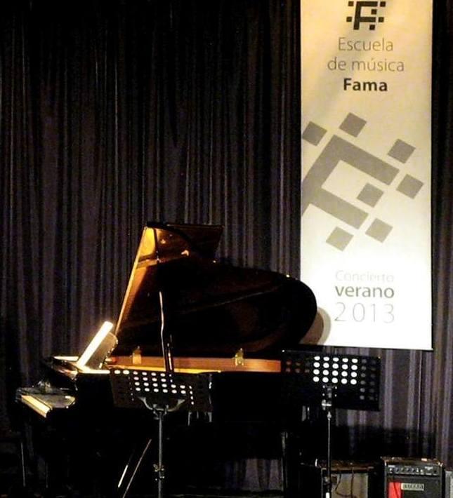 Fama en concierto Escuela de Música Fama MADRID http://www.escuelamusicafama.es/es/