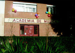 Escuela de Música Fama MADRID http://www.escuelamusicafama.es/es/