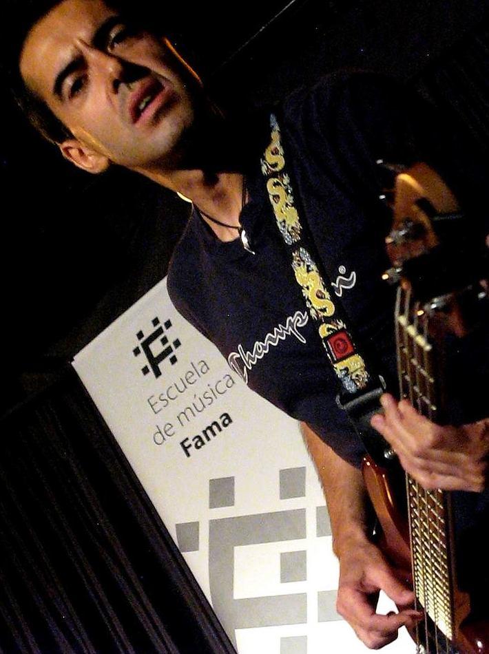 Canto Escuela de Música Fama MADRID http://www.escuelamusicafama.es/es/
