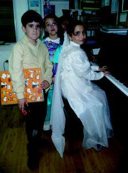 Grupos de música y movimiento  Escuela de Música Fama MADRID http://www.escuelamusicafama.es/es/