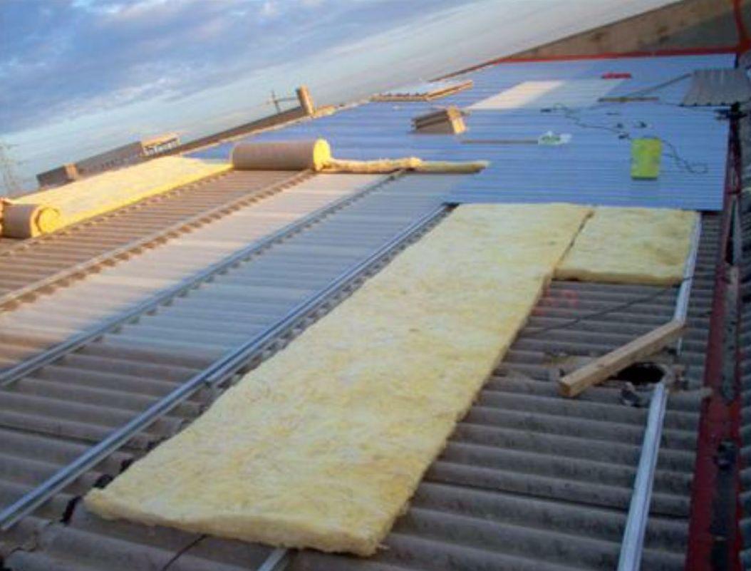 Montaje de tejado de chaya en acero Galvanizado sobre uralita exictente