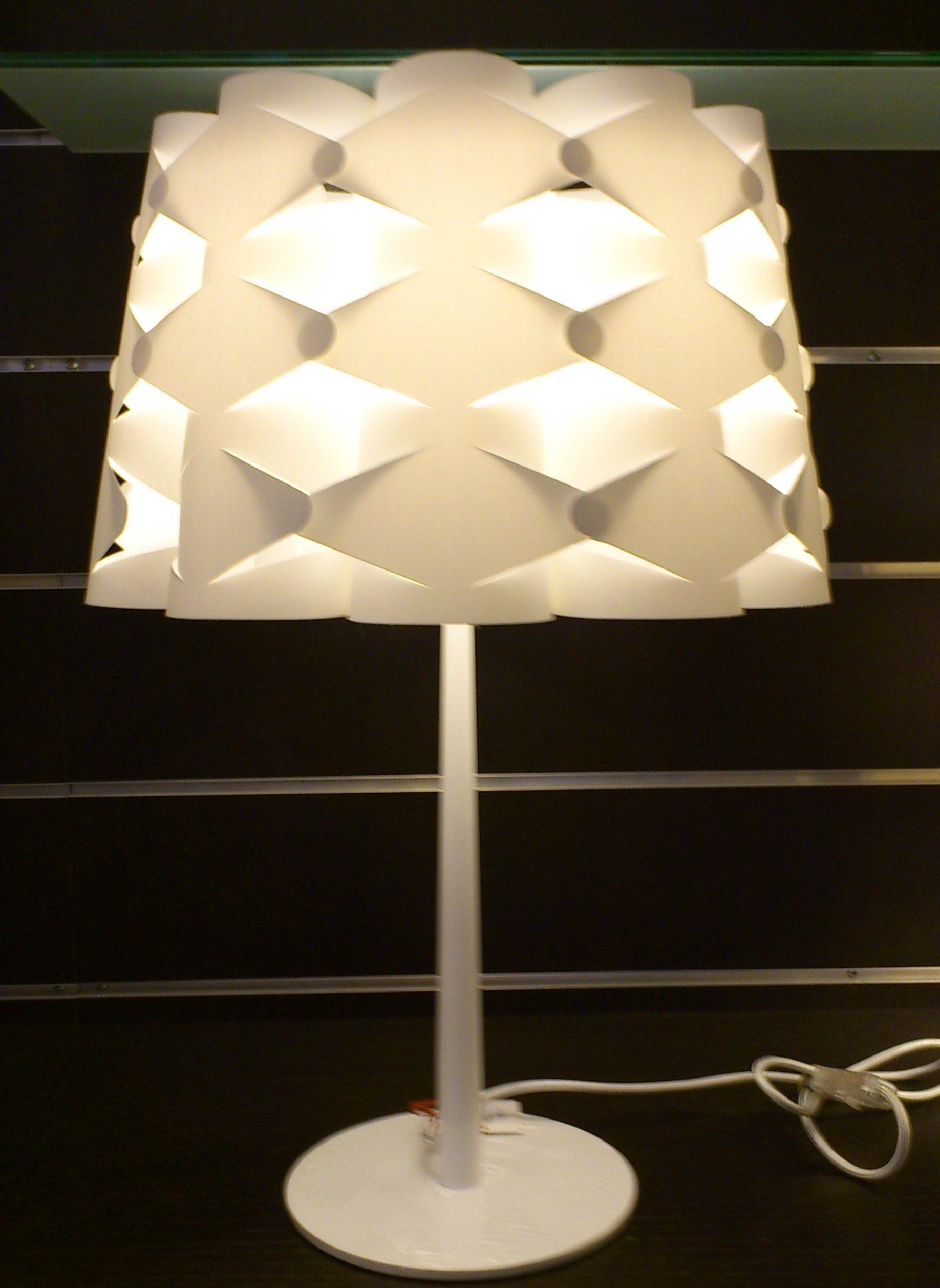 ORIGAMI: Catálogo de Iluminación Petman