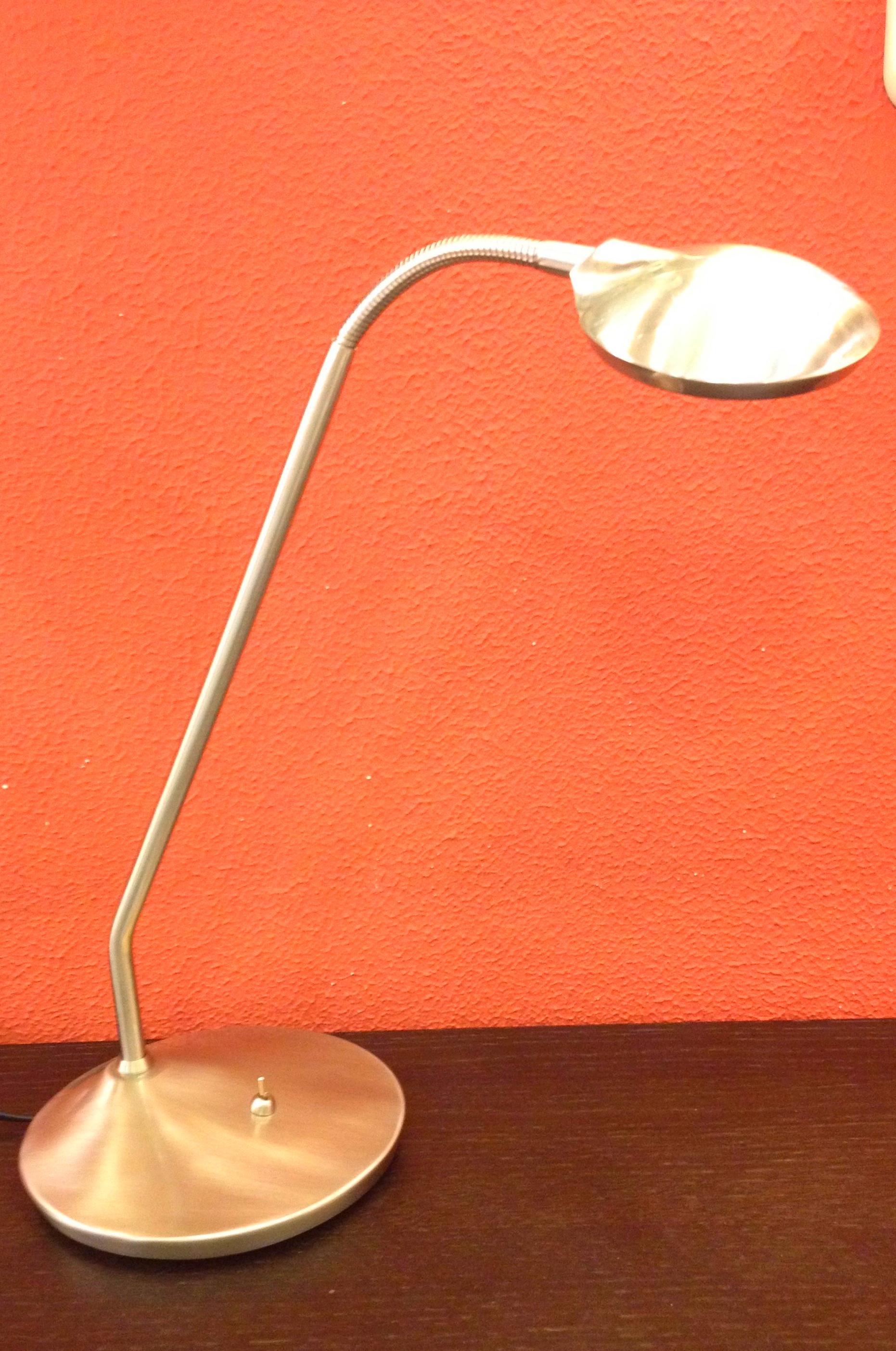 Lampara sobremesa de LED