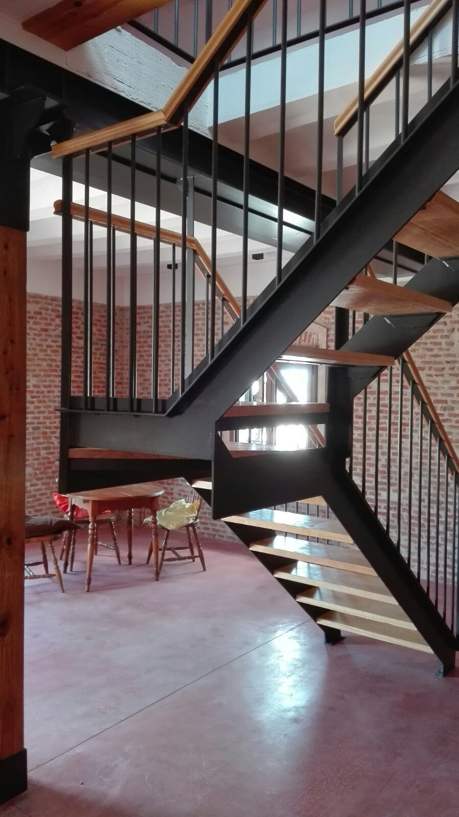 Fabricación de escaleras: Servicios del Taller de Talleres Franco Cobos