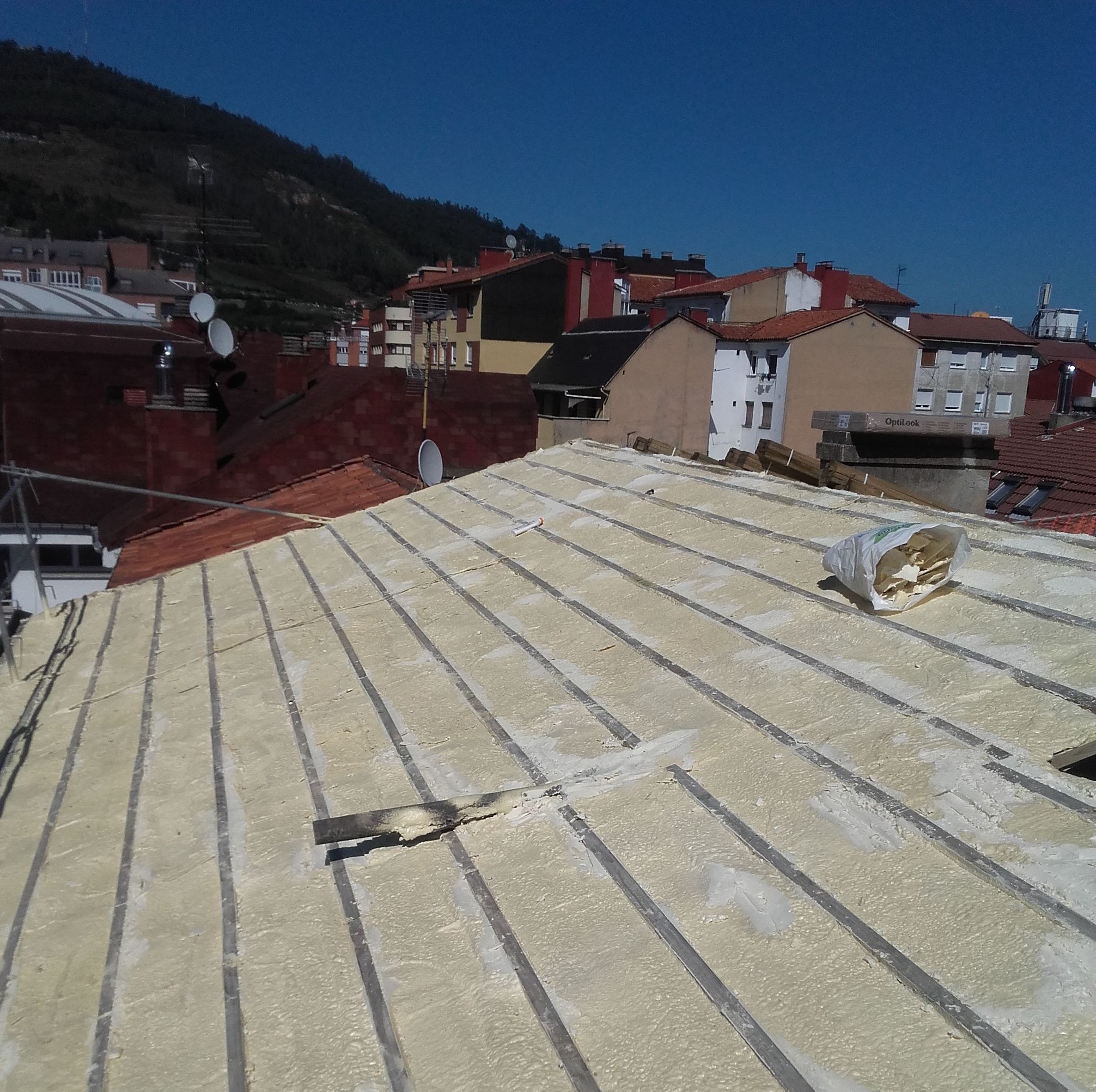 Reparación de todo tipo de tejados en Asturias