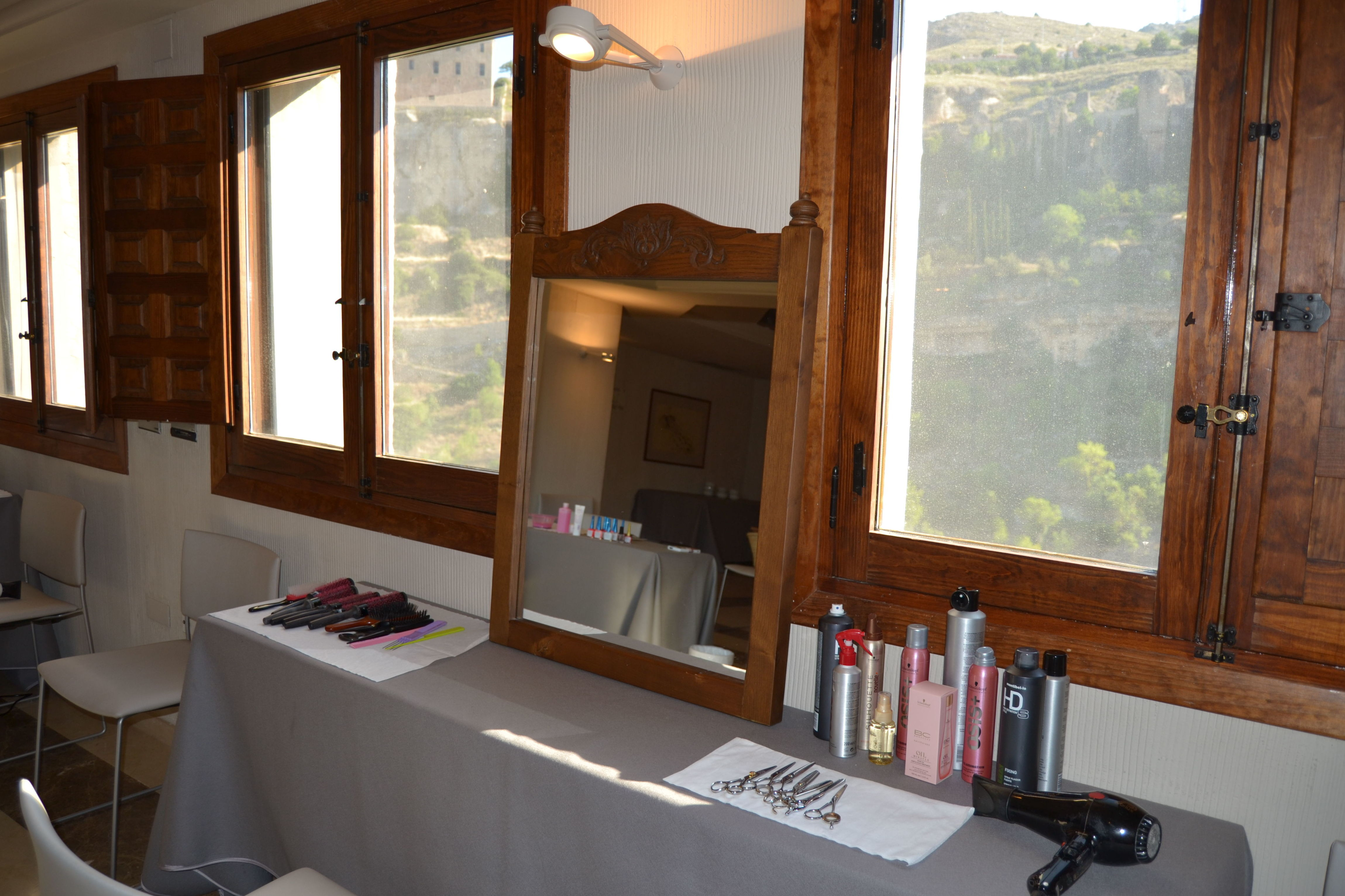 Preparación de boda en Salón de Actos. Parador de Cuenca. Junio '15