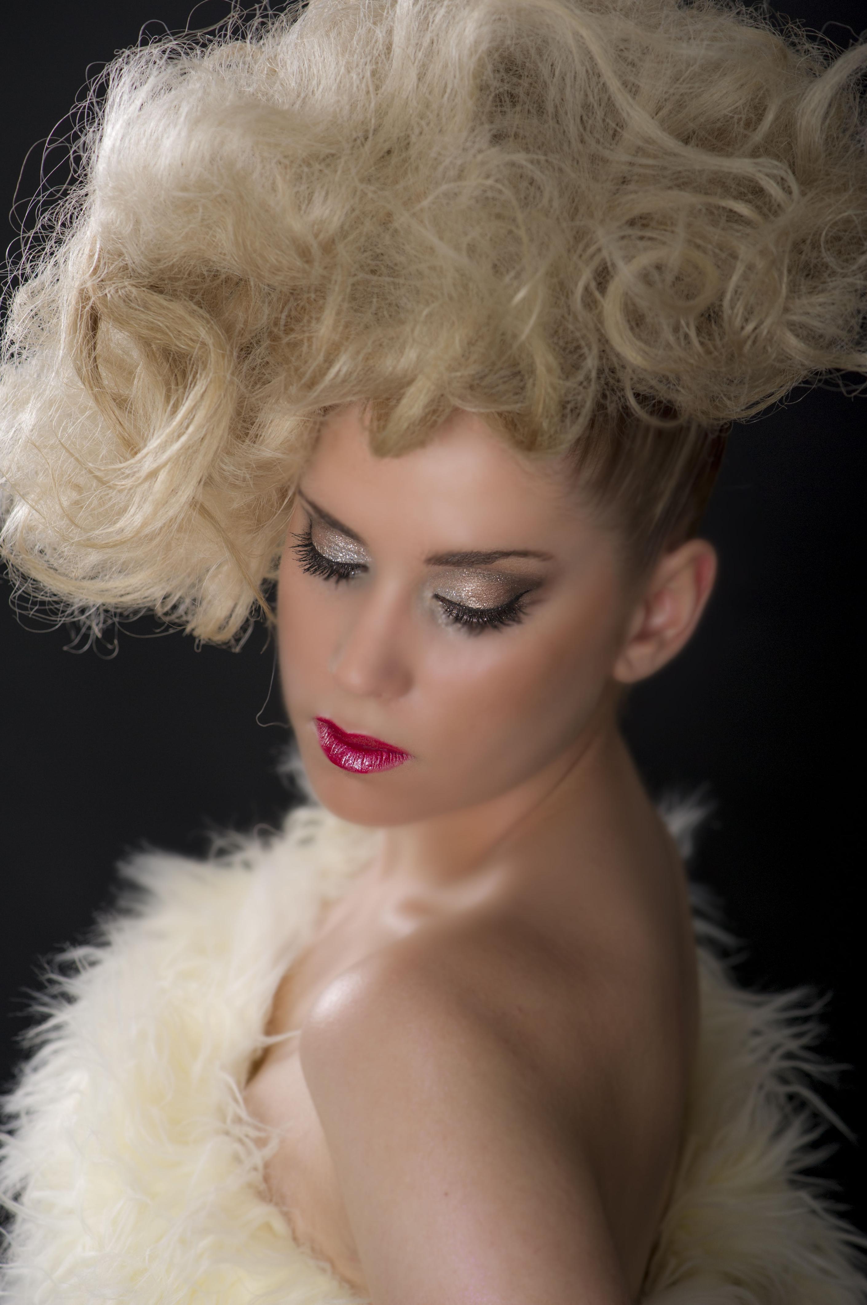 Recogidos y Maquillajes de Novia 2014