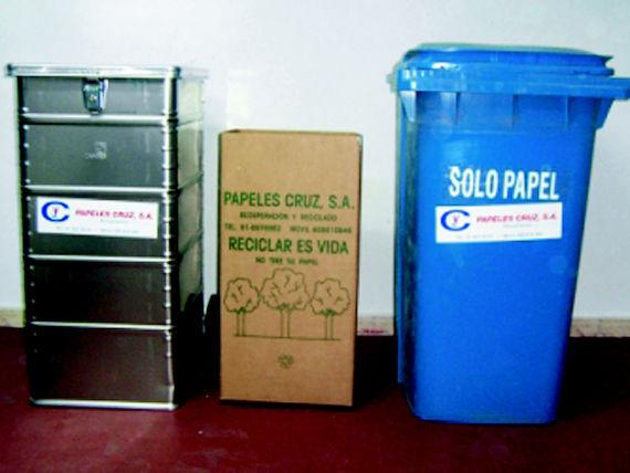 Foto 5 de Recuperación de papel y cartón en Fuenlabrada | Papeles Cruz, S.A.