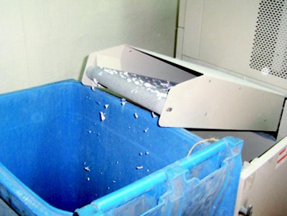 Foto 11 de Recuperación de papel y cartón en Fuenlabrada | Papeles Cruz, S.A.