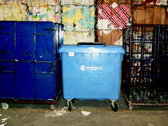 Foto 12 de Recuperación de papel y cartón en Fuenlabrada | Papeles Cruz, S.A.