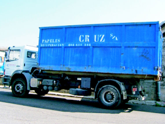 Foto 18 de Recuperación de papel y cartón en Fuenlabrada | Papeles Cruz, S.A.