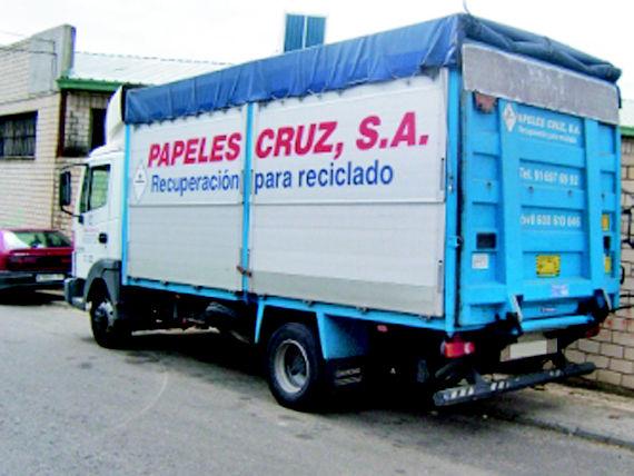 Foto 19 de Recuperación de papel y cartón en Fuenlabrada | Papeles Cruz, S.A.