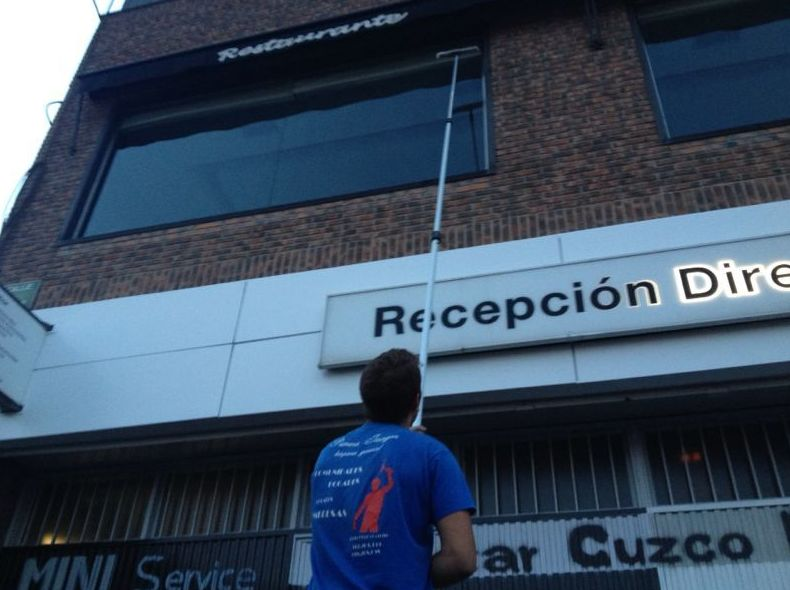 Foto 5 de Limpieza (empresas) en Madrid | Primera Imagen