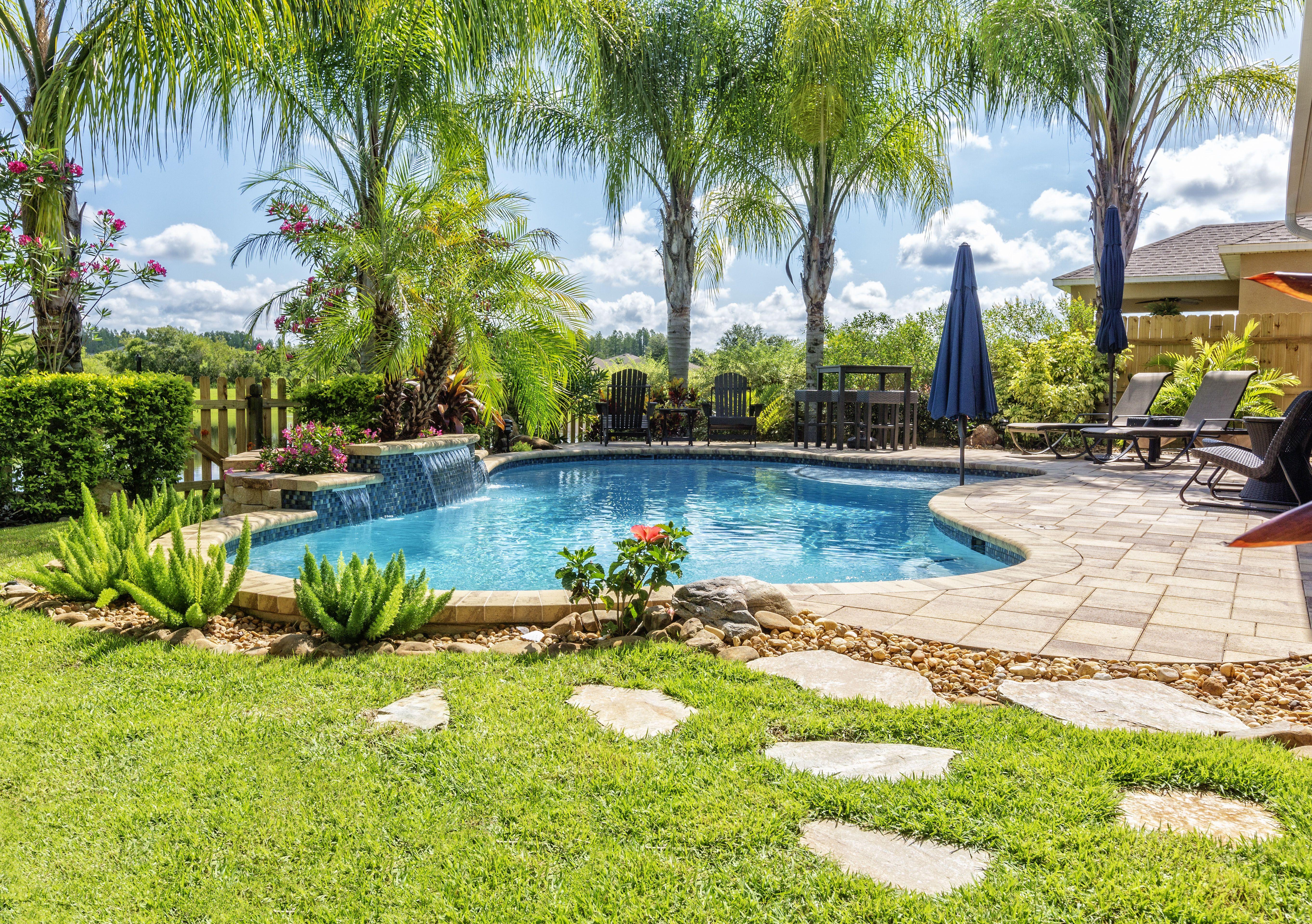 Mantenimiento de jardines y piscinas en Benidorm