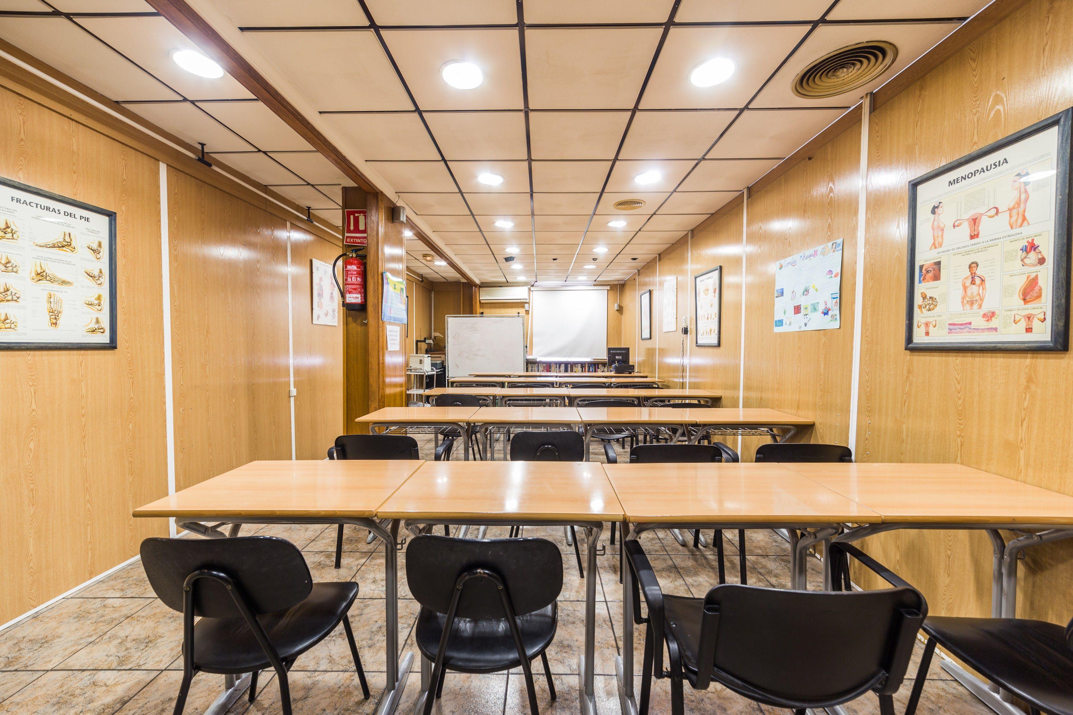 Foto 6 de Academia de peluquería y estética en Albacete | Centro de formación Virgen de los Llanos- Moliné