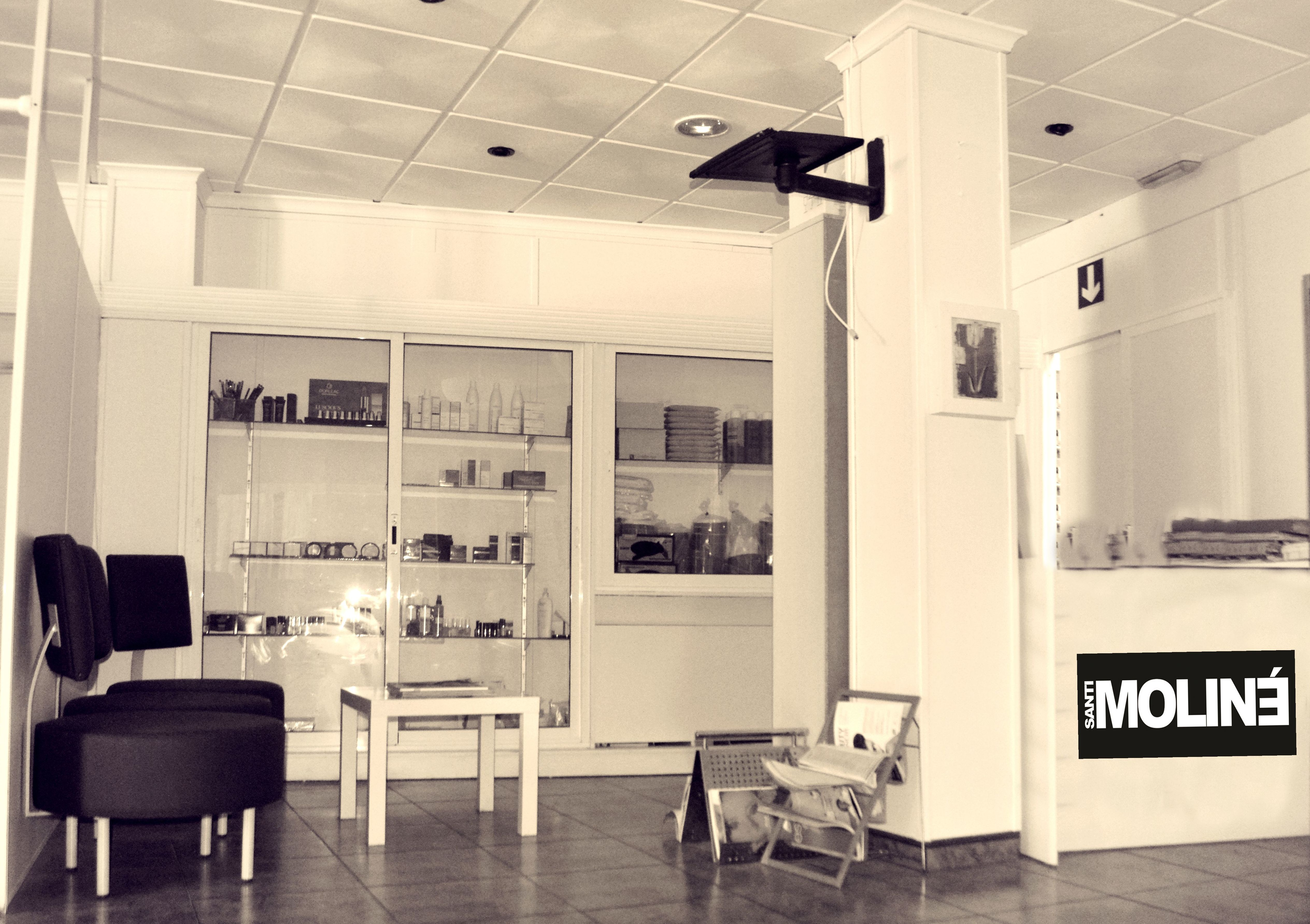 Foto 2 de Academia de peluquería y estética en Albacete | Centro de Formación de Peluquería y Estética Virgen de los Llanos Moliné