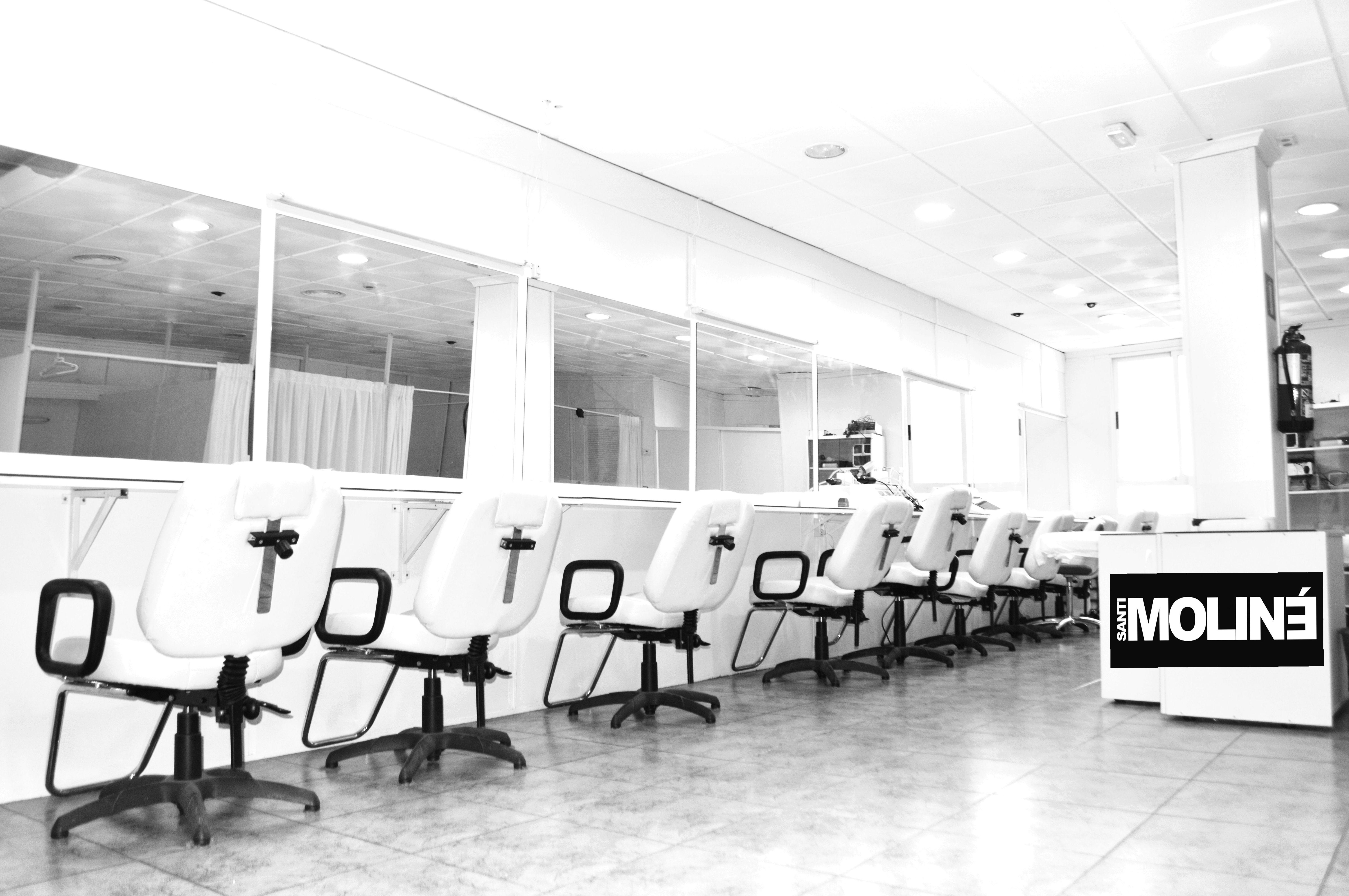 Foto 3 de Academia de peluquería y estética en Albacete | Centro de Formación de Peluquería y Estética Virgen de los Llanos Moliné