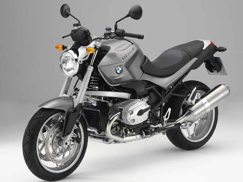 9. BMW R1200R o similar: Tarifas de Larios Rental