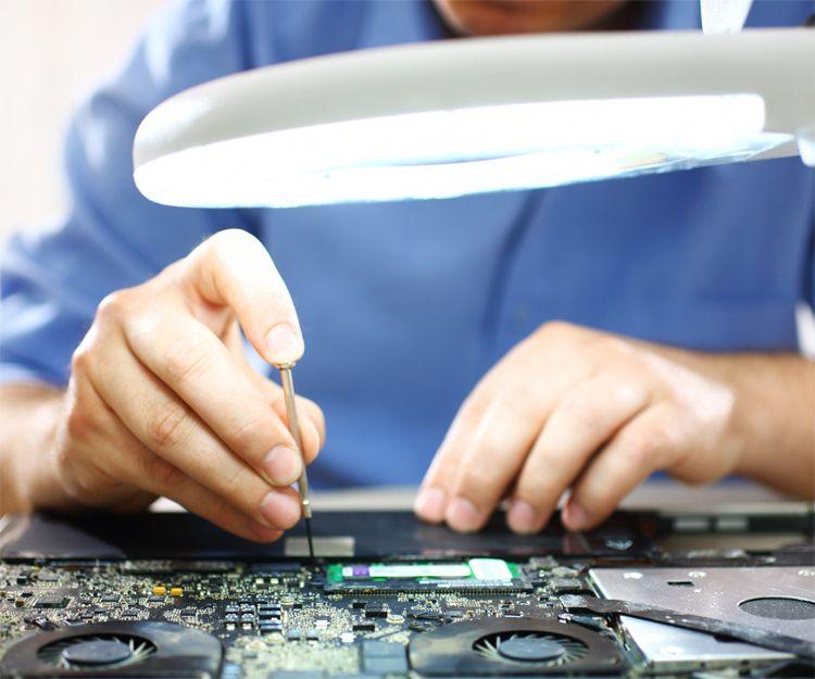 Especialistas en reparación de ordenadores