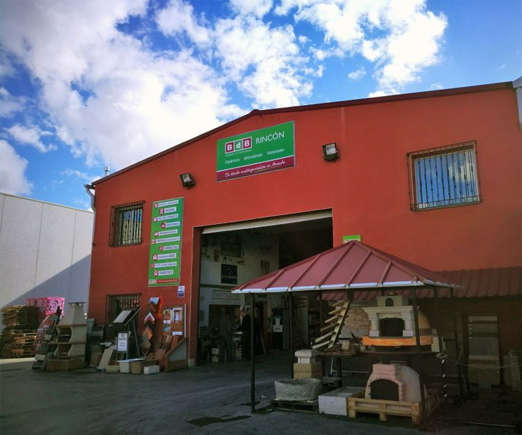 Fábrica de materiales de construcción en Aranda de Duero