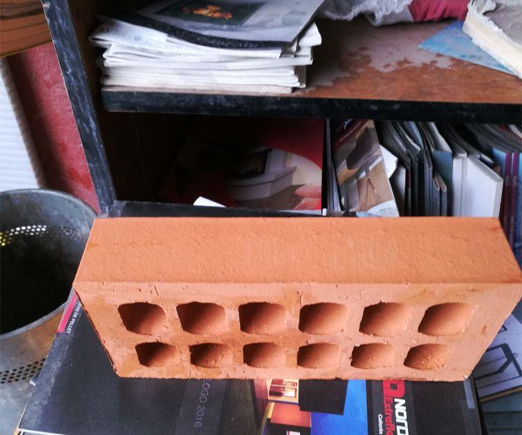 Distribución de materiales de construcción para profesionales