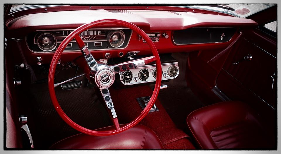 Reparación y rehabilitación de coches antiguos: Servicios de Talleres Miraz