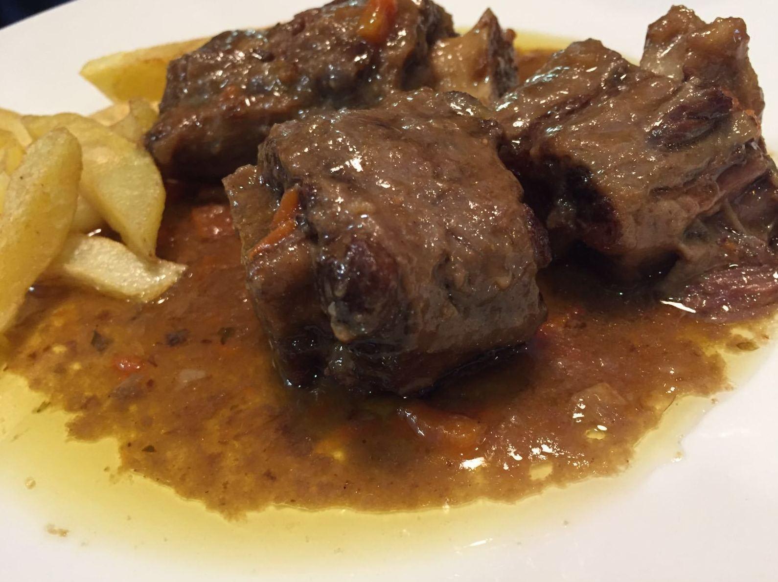 rabo de ternera estofado(menu diario)