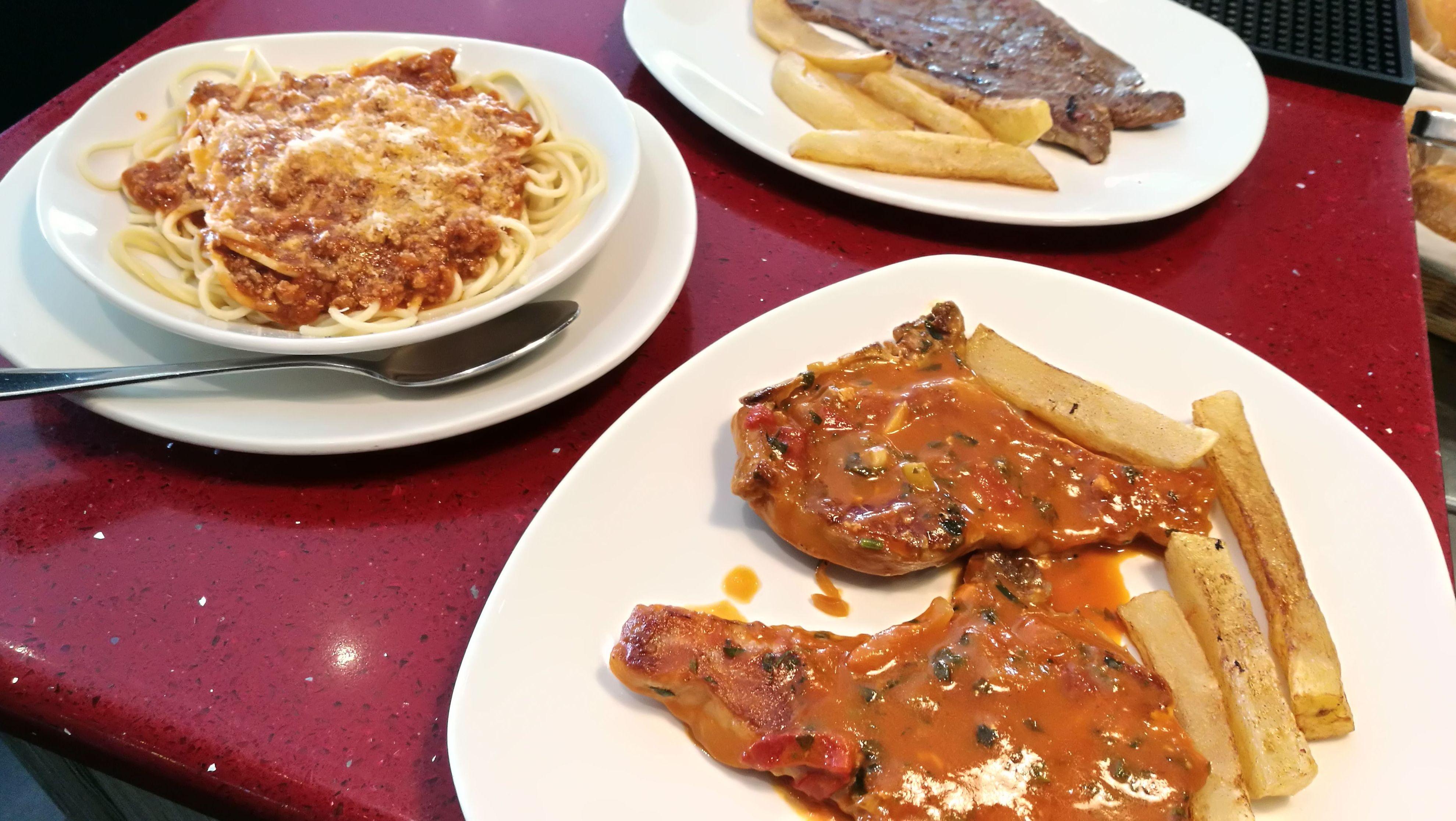Foto 106 de Cocina tradicional en Madrid | Bar Restaurante Doña Elena