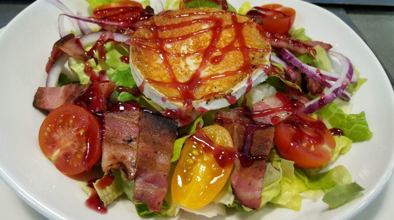 ensalada de la casa(menu diario)