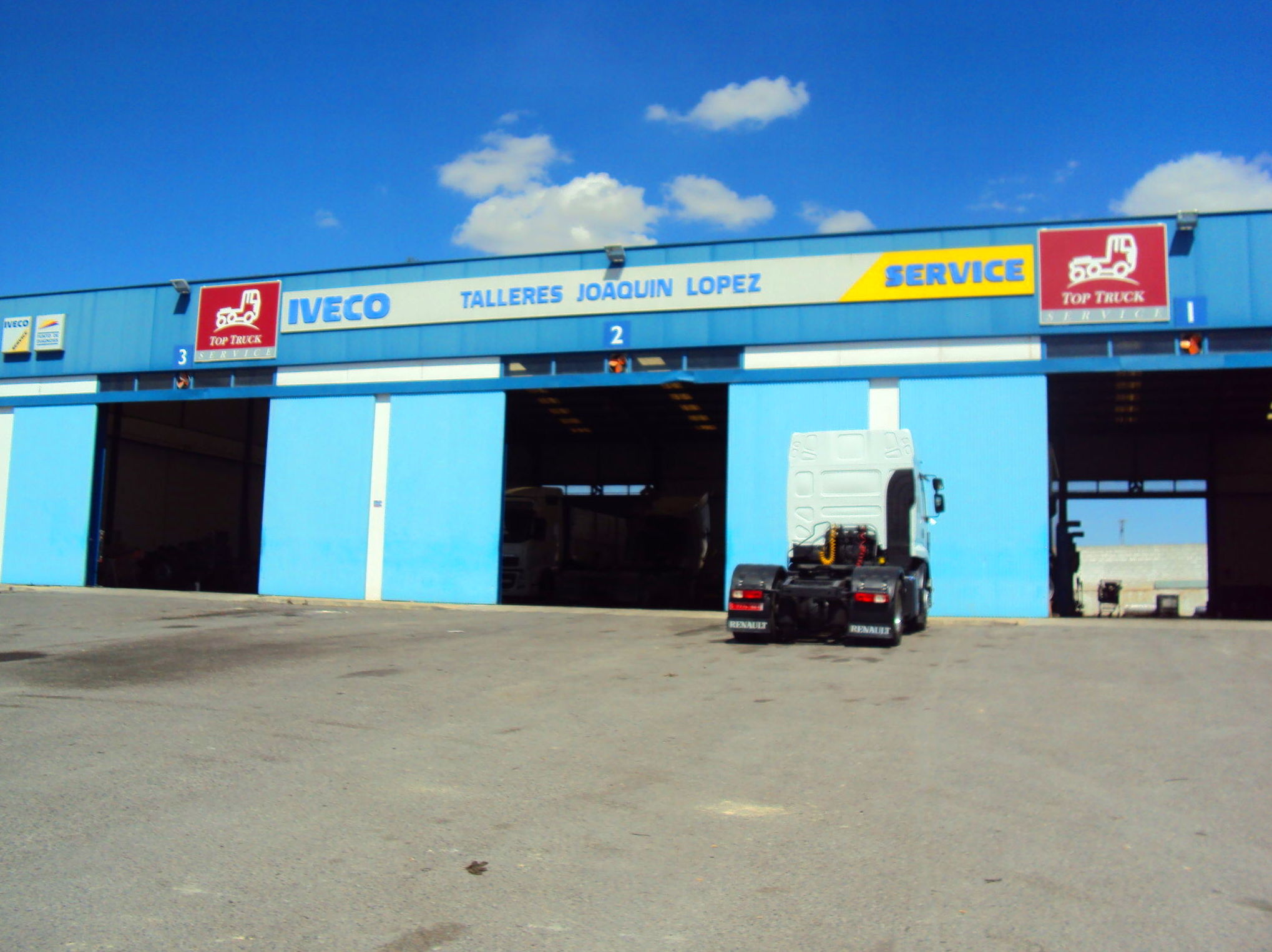 Foto 39 de Vehículos industriales en Fuente de Piedra | Talleres Joaquín López, S.L.
