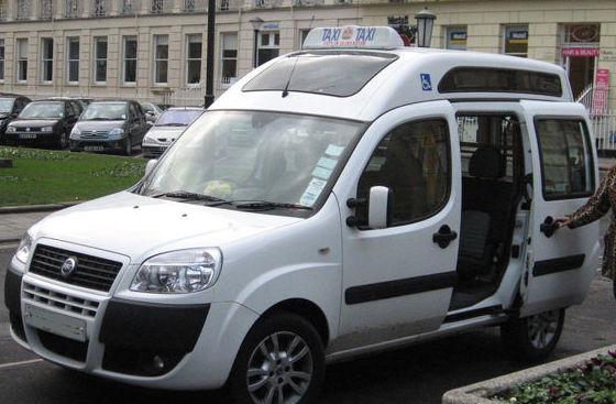 Vehículos adaptados: Servicios de Taxi Montblanc