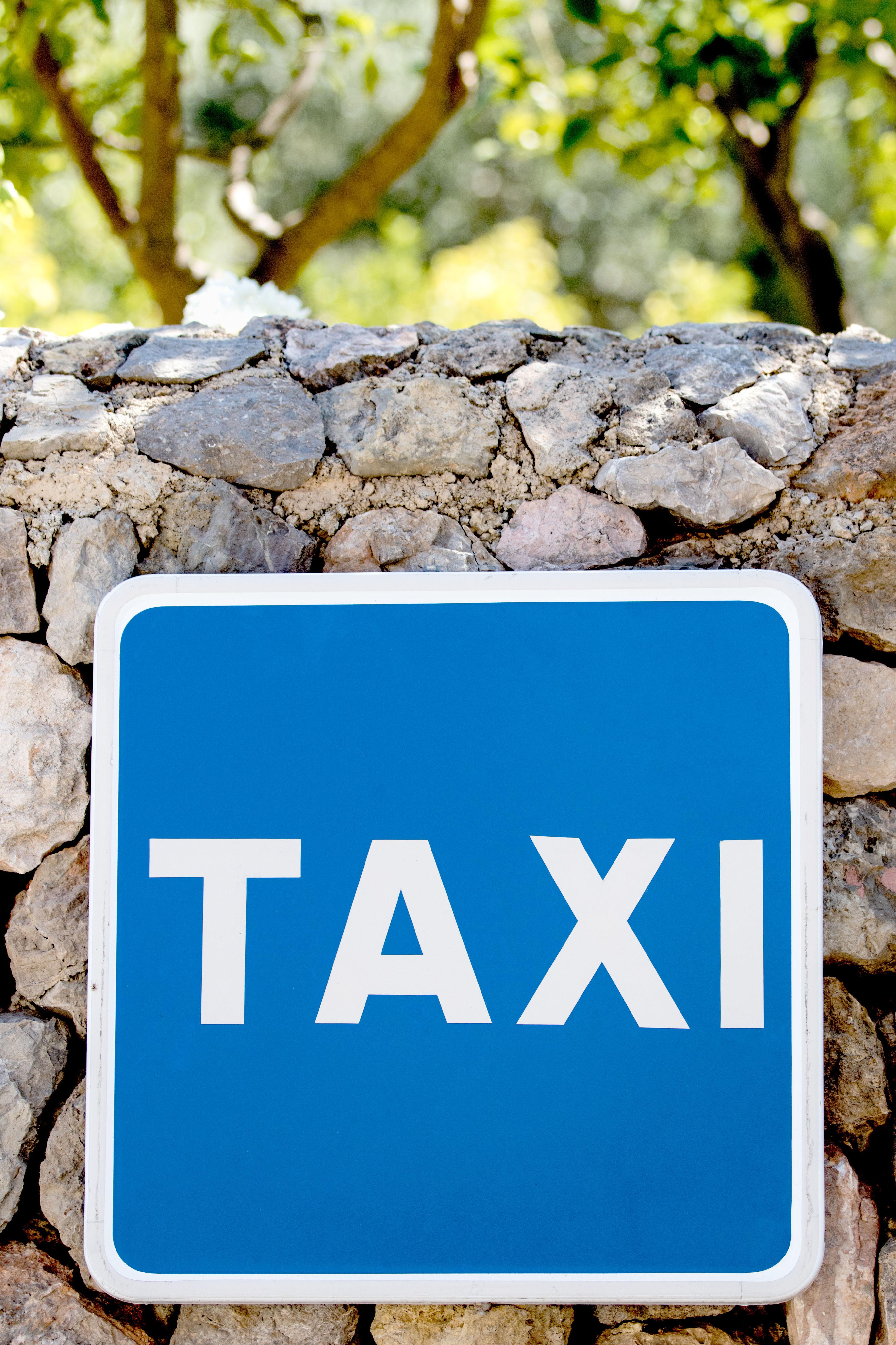 Taxi en Montblanc especializado en la ruta del Cister