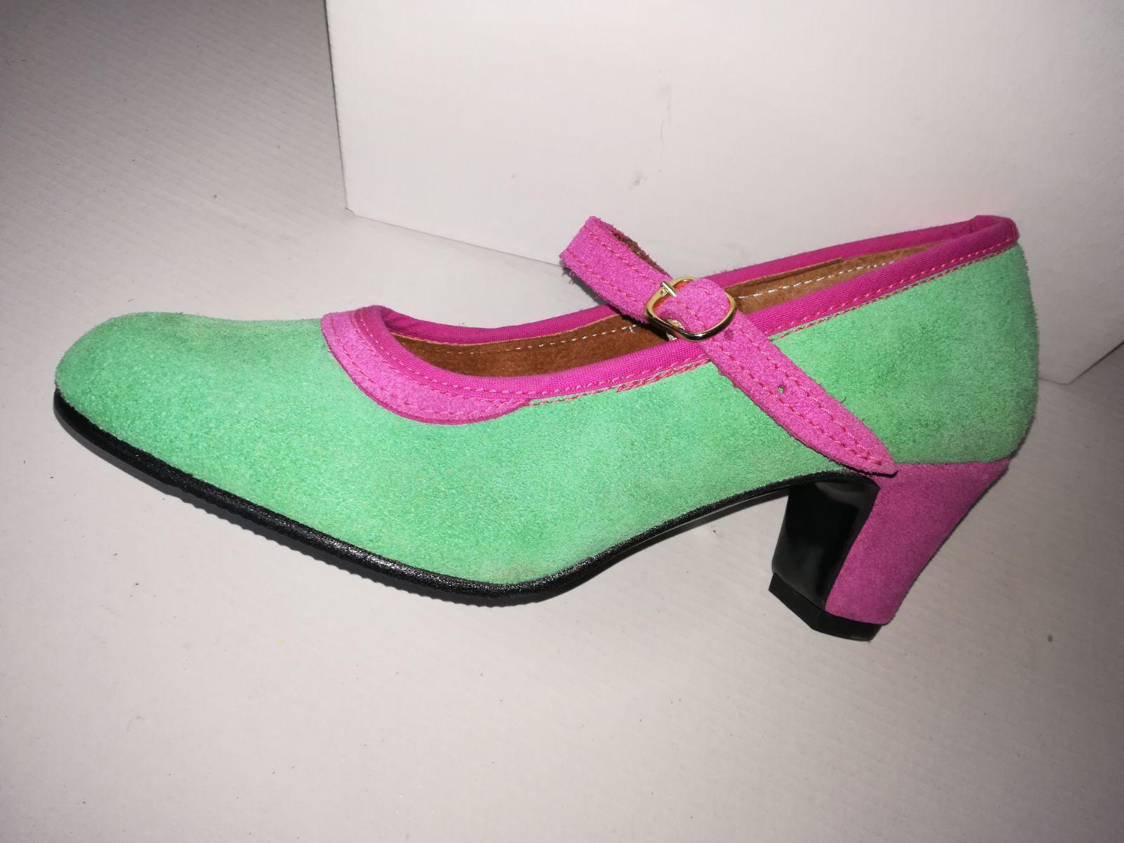 Zapato color a elegir Modelo 75: Productos de Calzados Malaca