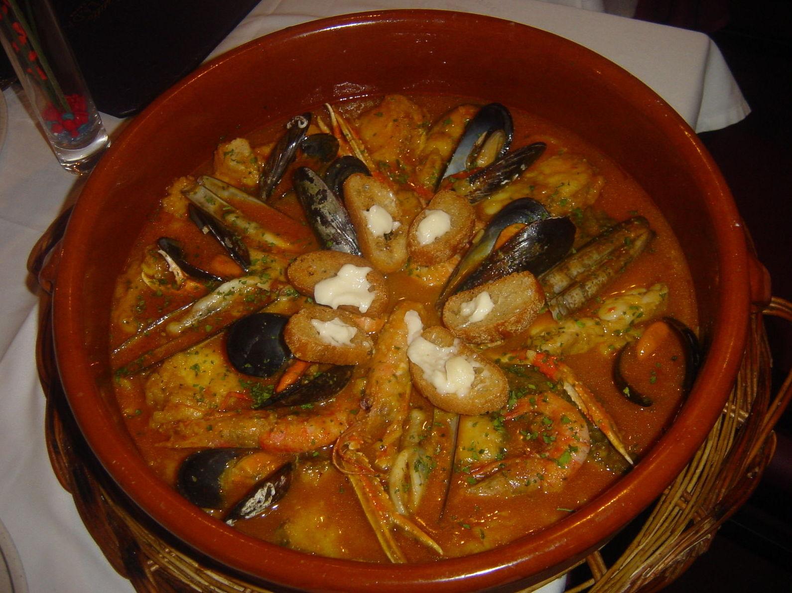 Pescado en salsa: Carta de Taberna del Mar