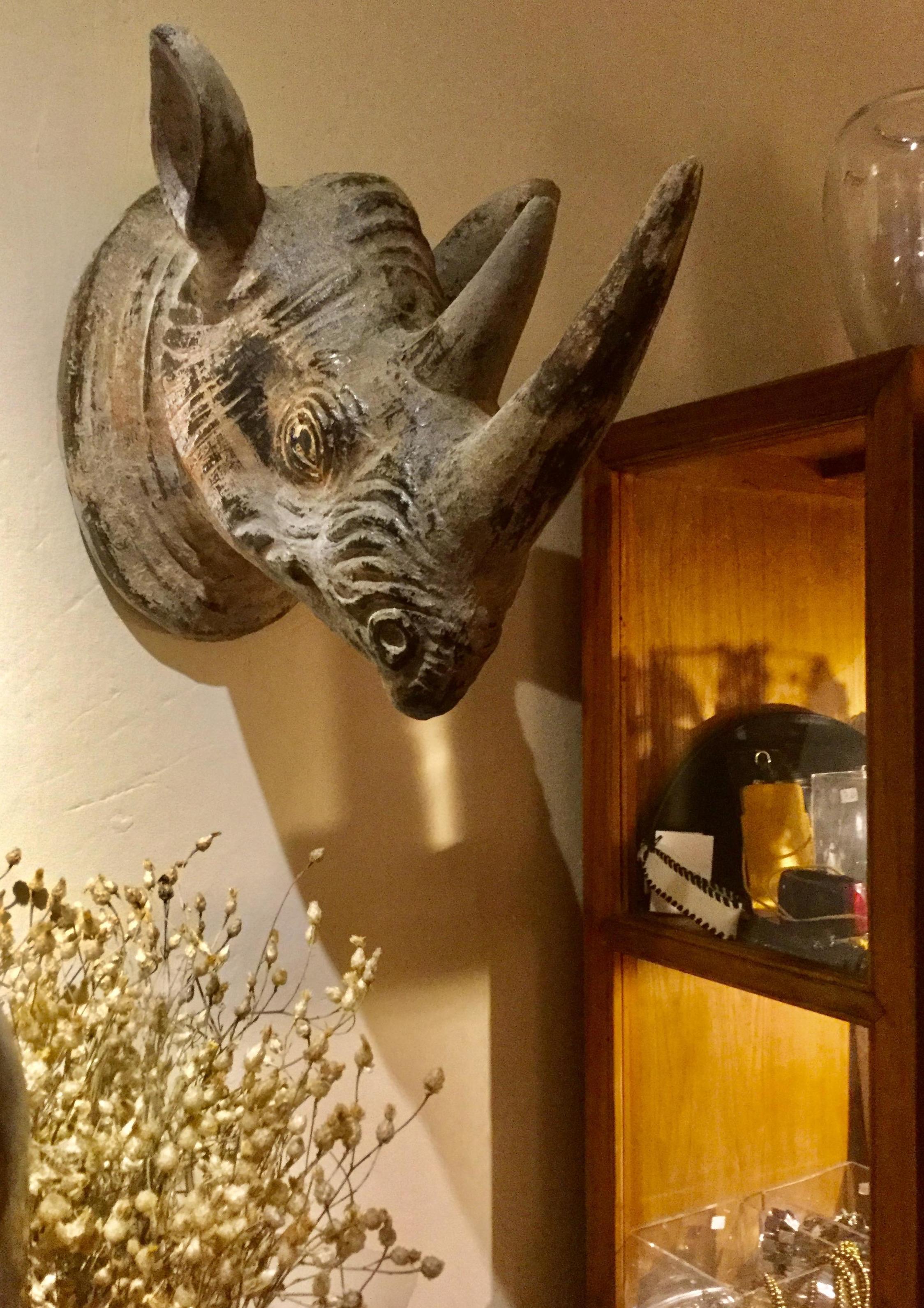 Rinoceronte para decoración