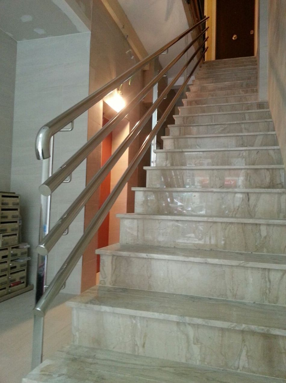 Foto 5 de Carpintería de aluminio, metálica y PVC en Sant Just Desvern | Metal Masa, S.L.