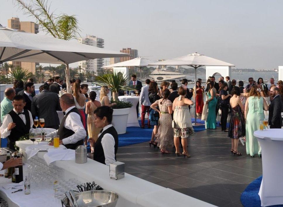 Terraza donde se realiza el cóctel para las bodas