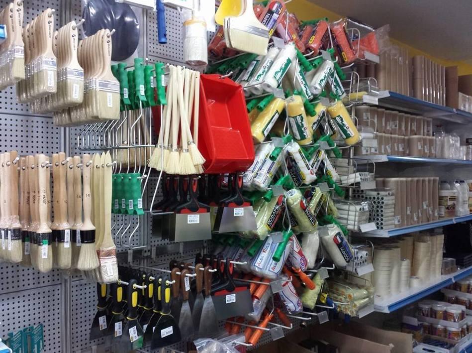 Herramientas pintor: Servicios y productos de Hnos. Guerrero, S.L.
