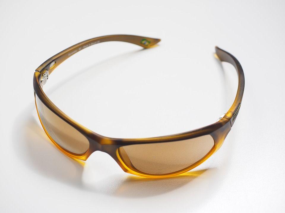 Gafas graduadas de tenis: Nuestros Servicios de Óptica Line