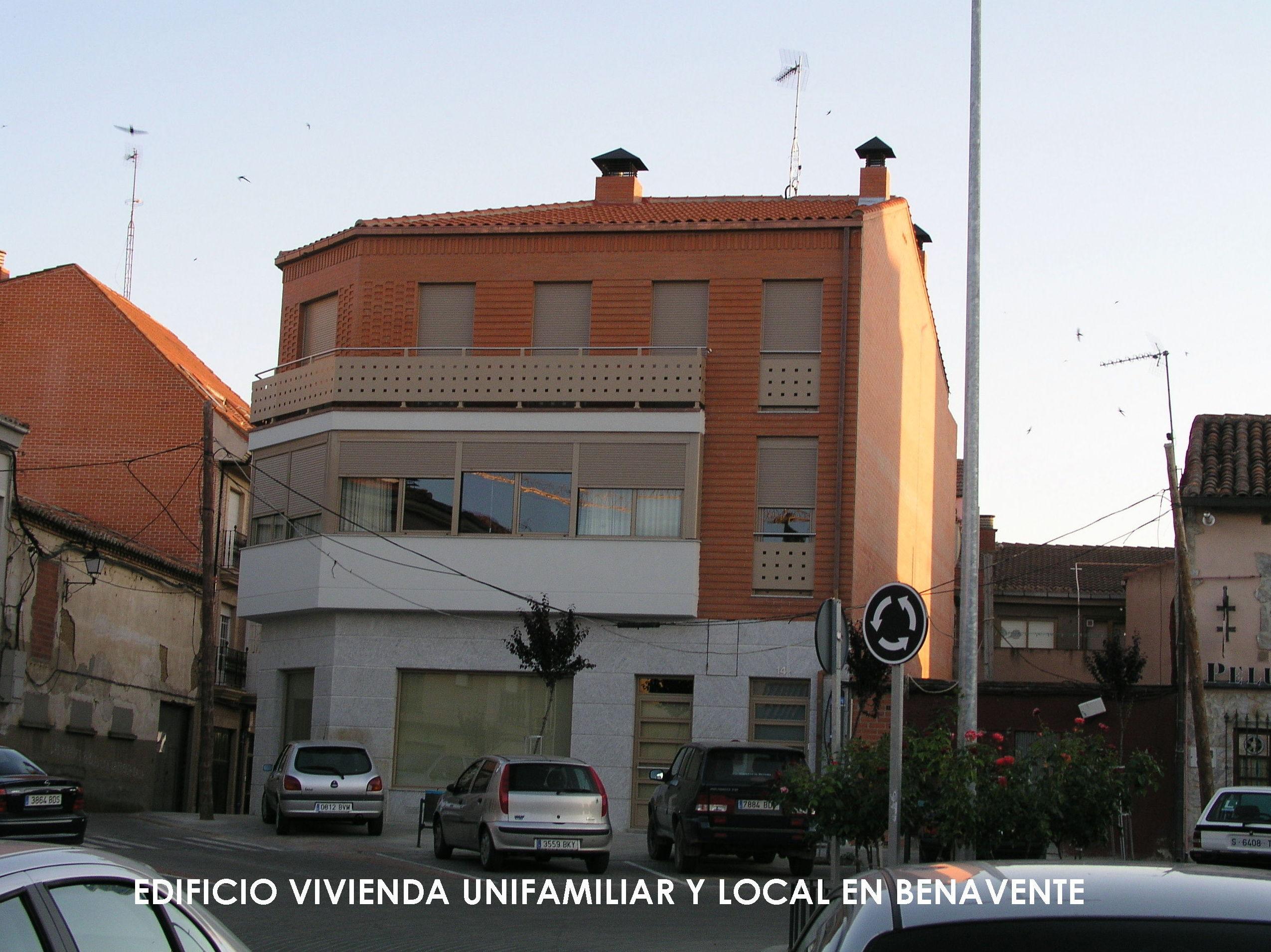 PROYECTO DE VIVIENDA UNIFAMILIAR Y LOCAL EN BENAVENTE