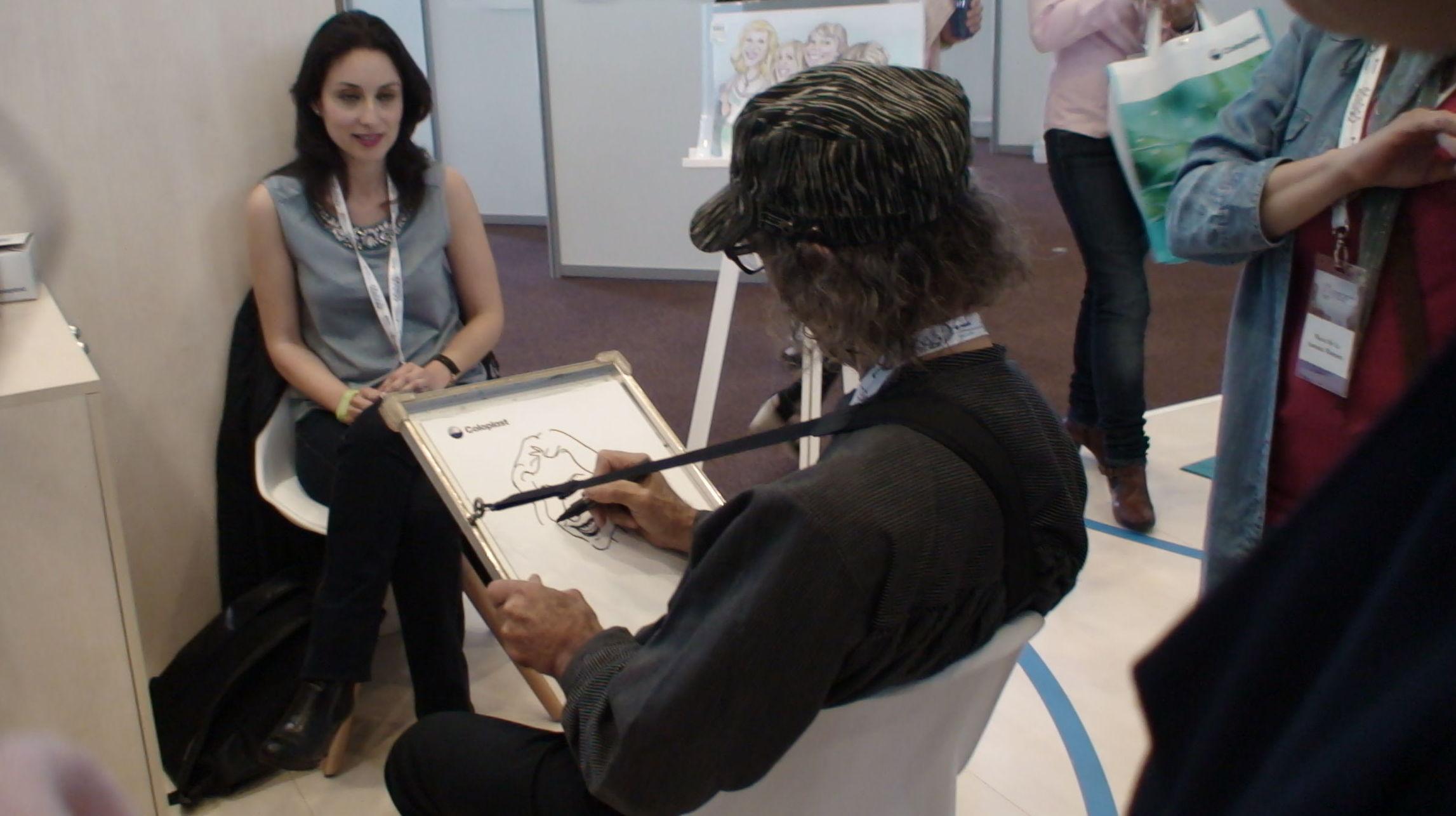 Animando estand Coloplast en el Congreso Nacional Ostomía