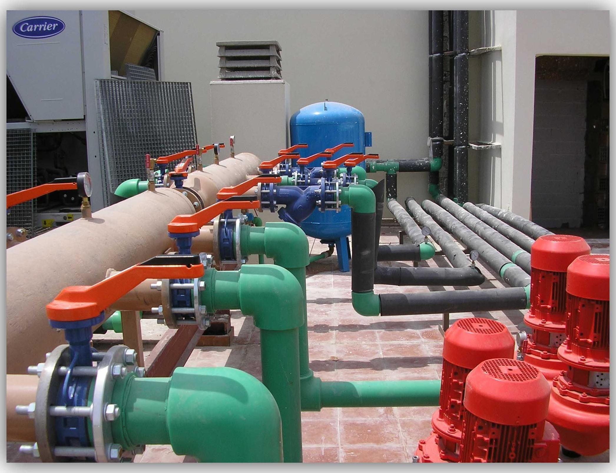 Suelo radiante por agua en sevilla megafr o climatizaci n for Suelo radiante por agua
