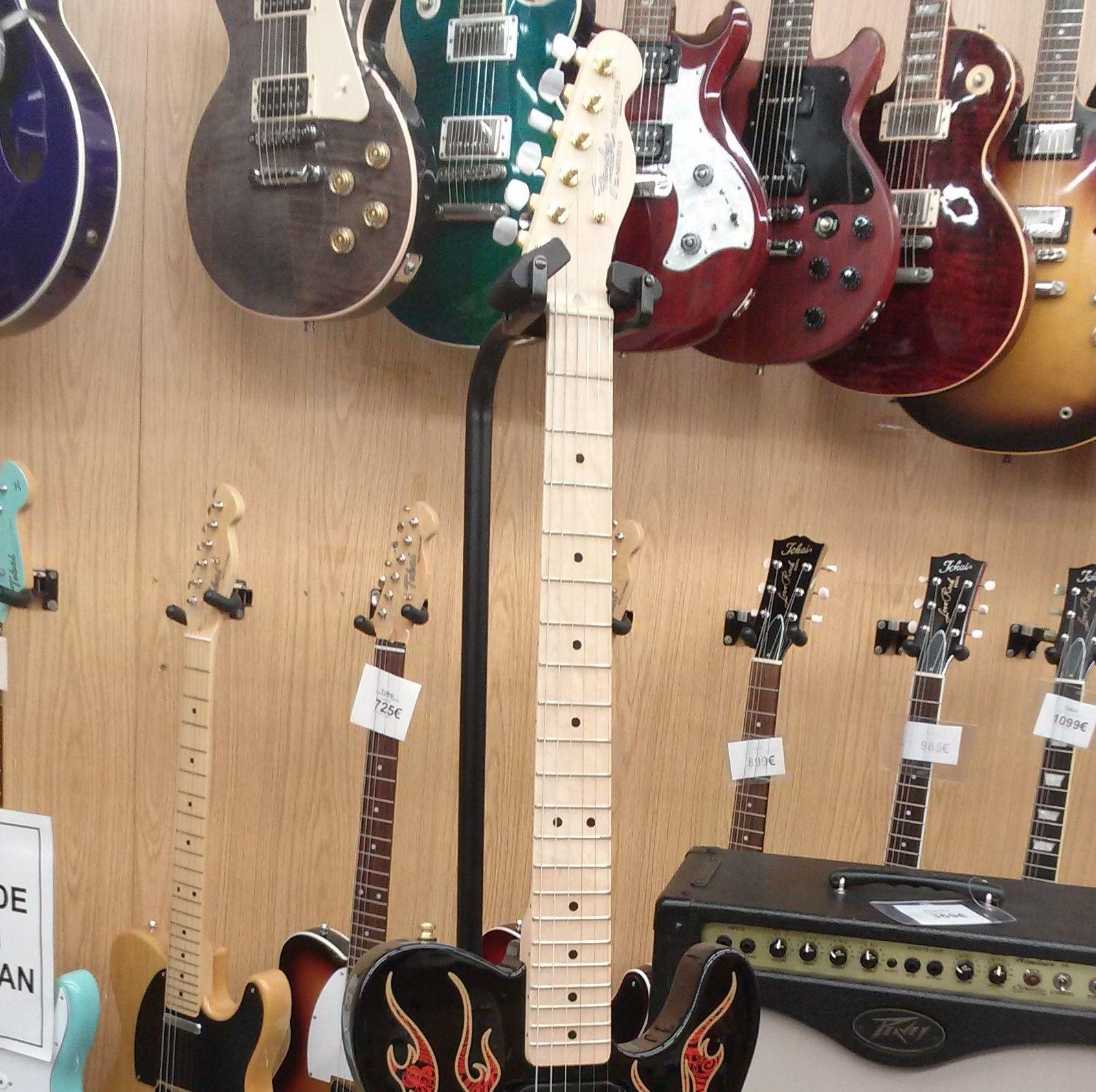 Foto 101 de Instrumentos de música en Barcelona | Guitar Shop Barcelona