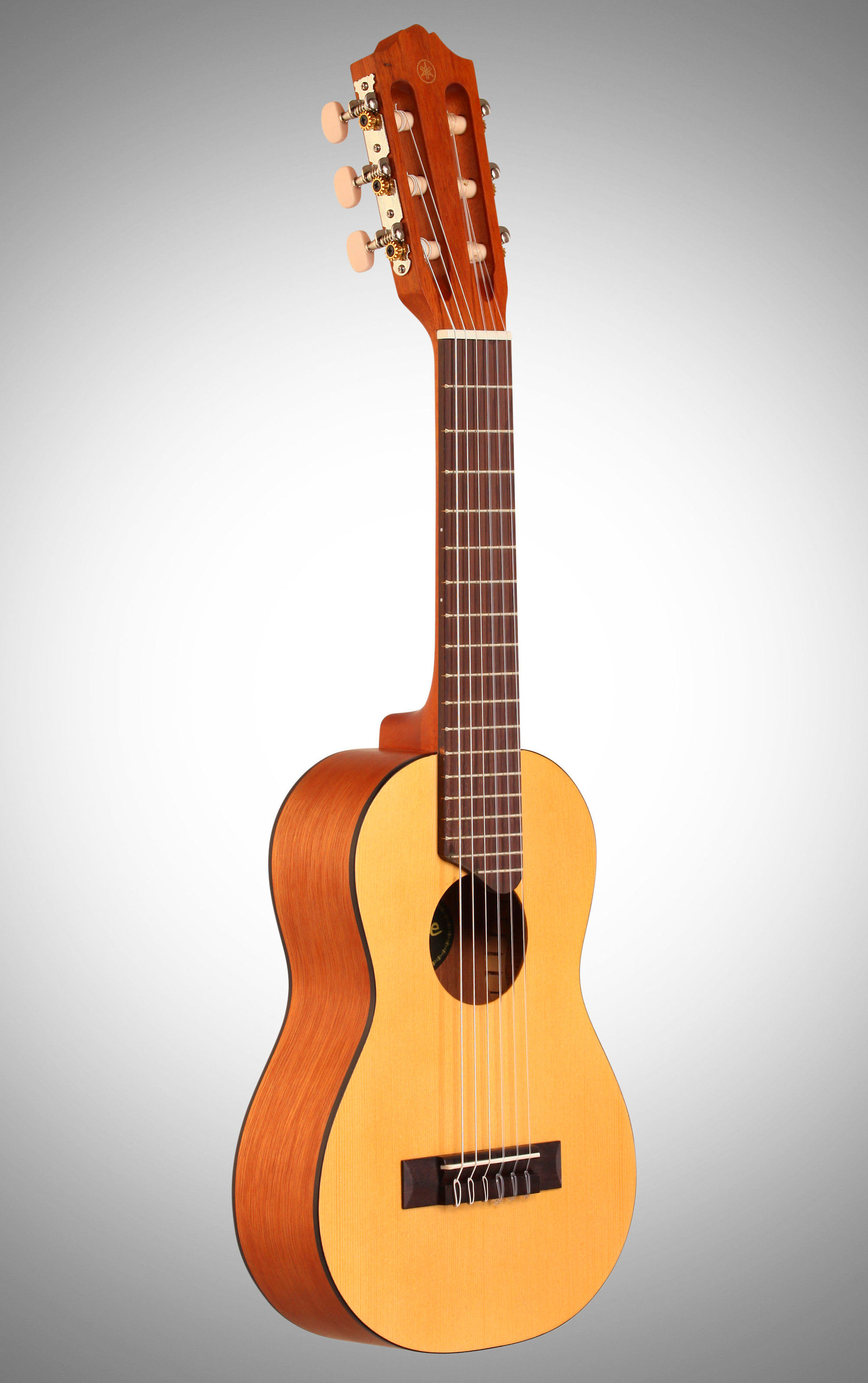 Guitarlele Yamaha Amplificado