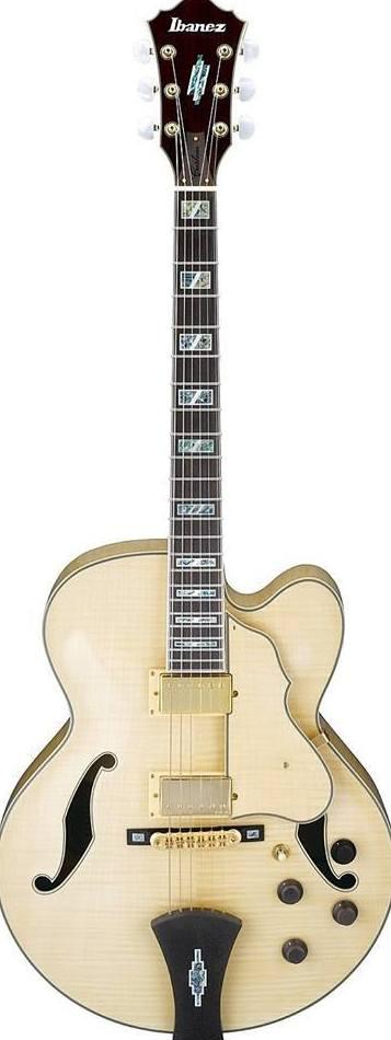 Banez AF 195 NT. Una excelente guitarra de caja