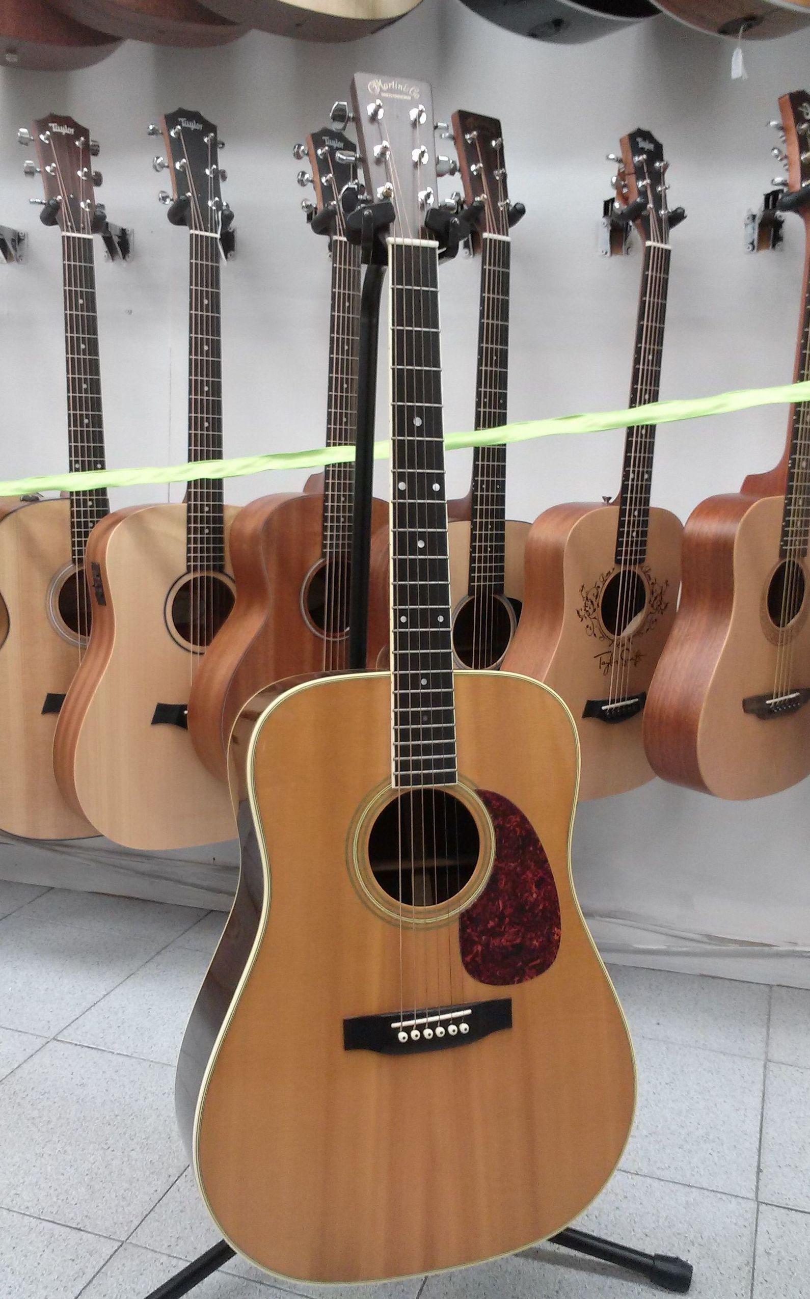 Foto 132 de Instrumentos de música en Barcelona | Guitar Shop Barcelona