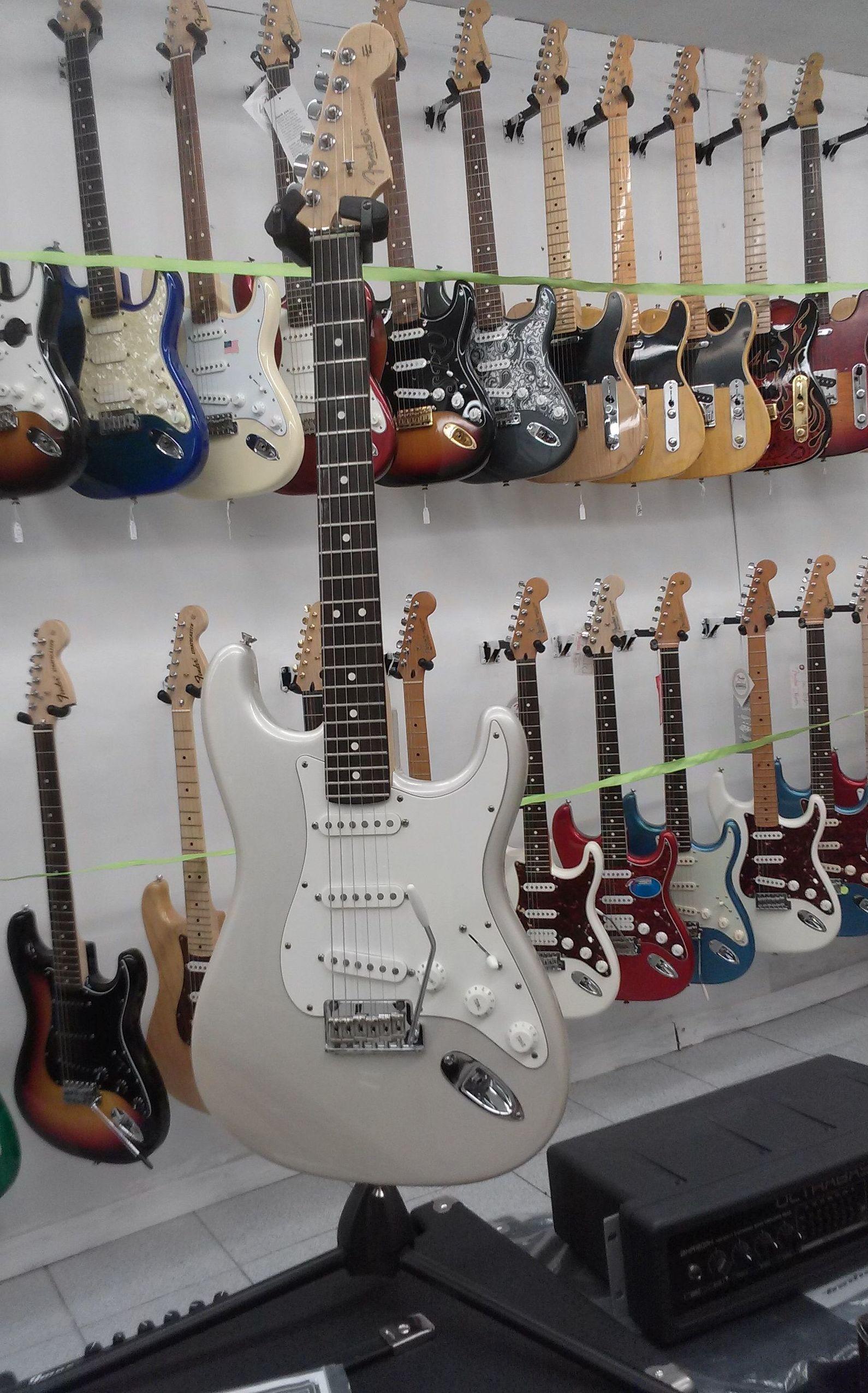 Foto 47 de Instrumentos de música en Barcelona | Guitar Shop Barcelona