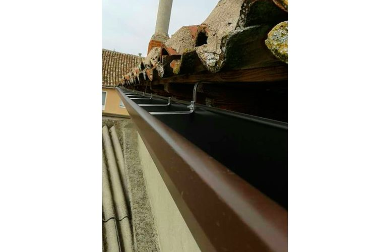 Canalón de aluminio continuo en Ciudad Real
