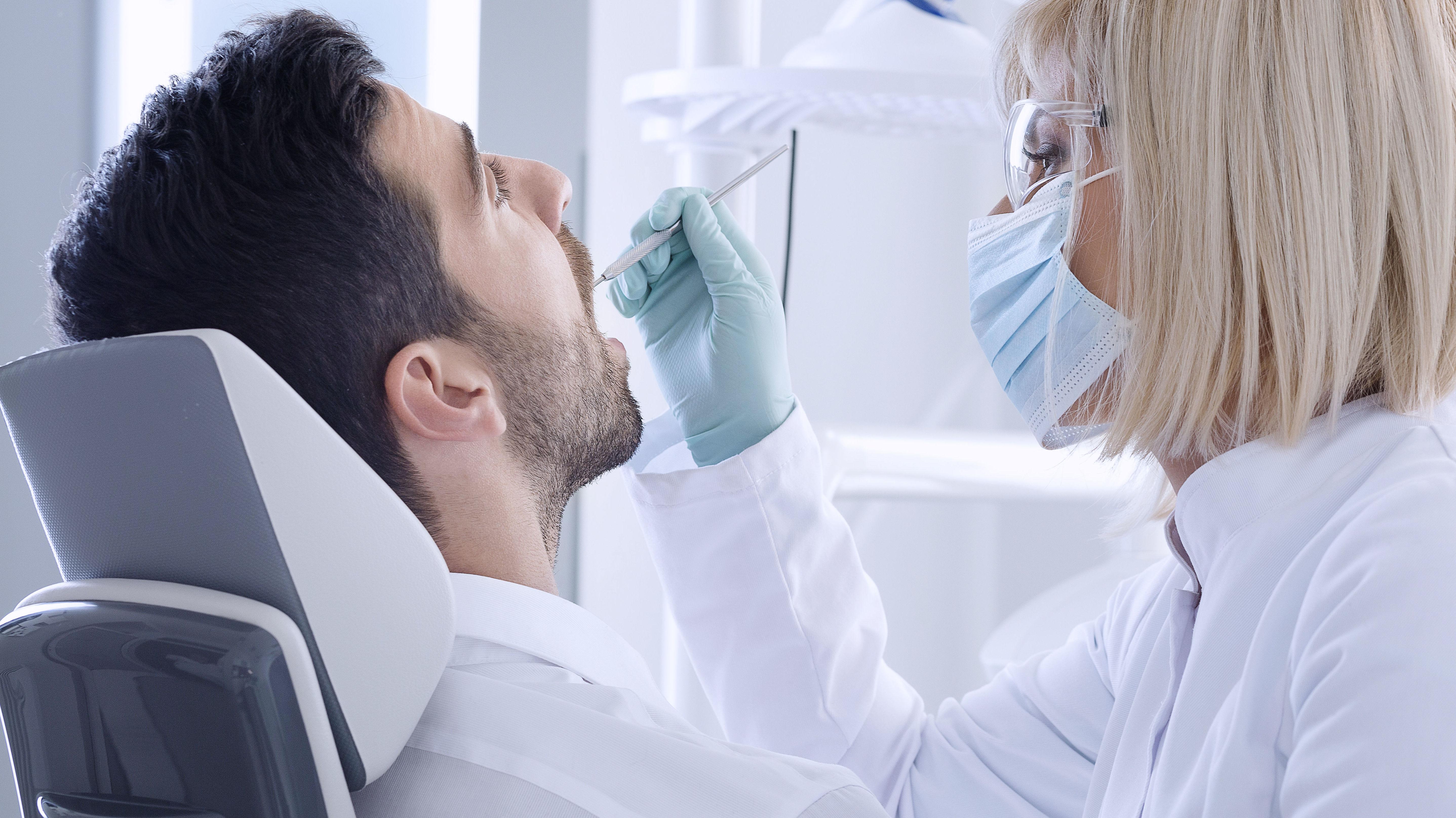 Cirugía dental sin puntos